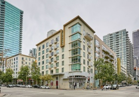 645 W 9TH ST #209, 1 Bedroom Bedrooms, ,1 BathroomBathrooms,Residential,Sold,645 W 9TH ST #209,1071