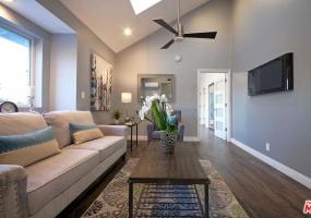 3 Bedrooms Bedrooms, ,3 BathroomsBathrooms,Management,Management,1089